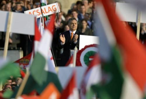 """Orban tuona contro i leader Ue: """"Incapaci di difendere l'Europa"""""""