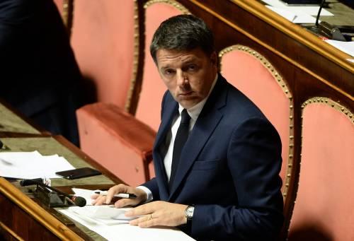 Renzi fa la Boldrini in tv e dà del bullo a Matteo: «Solo un colossale spot»