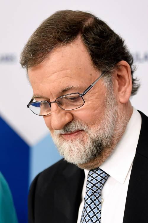 Rajoy (in lacrime) lascia la politica