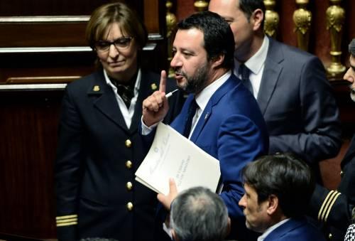 """I buonisti processano Salvini: """"Riapra subito i porti italiani"""""""