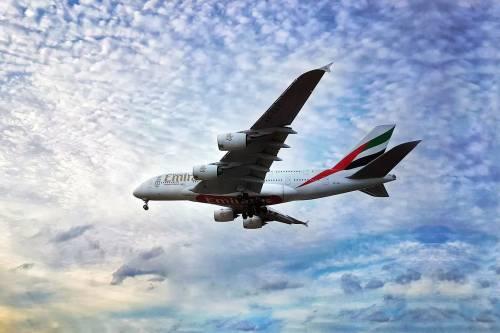 Fly Emirates, aerei senza finestrini: saranno virtuali