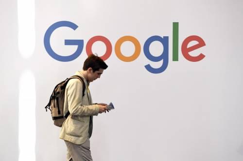 """Bloomberg accusa: """"Accordo Google-Mastercard per scambiarsi dati sui clienti"""""""