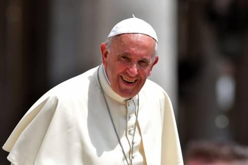 """Il Papa contro Trump: """"Dividere le famiglie è contrario al cattolicesimo"""""""