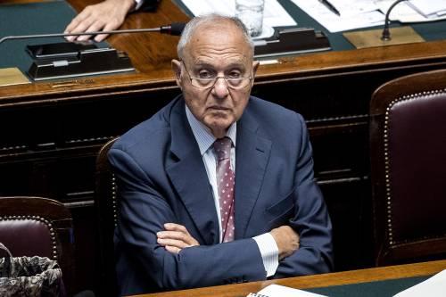 """Savona: """"Non esiste un piano B L'euro è indispensabile"""""""