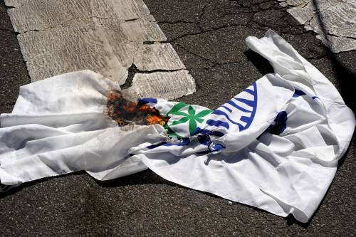 Stranieri e sinistra in corteo contro Salvini 4