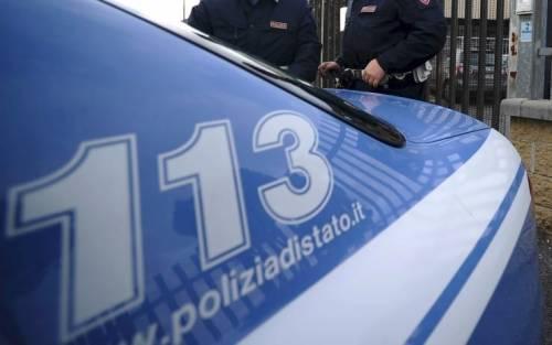 Sarzana, in fuga dopo il furto: banditi speronano la polizia