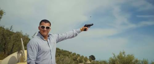 La polizia indaga sul video di una canzone rap