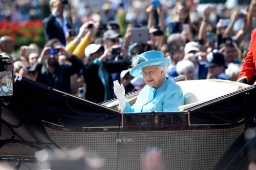 Regina Elisabetta II, le foto del capo del Regno Unito 6