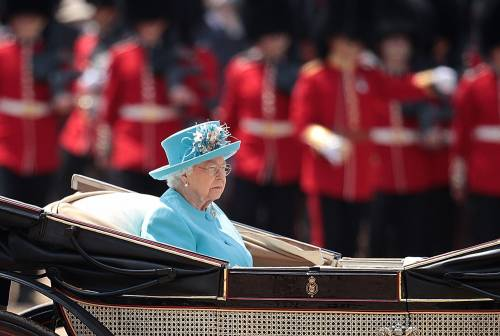 Regina Elisabetta II, le foto del capo del Regno Unito 8