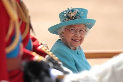 Regina Elisabetta II, le foto del capo del Regno Unito 10
