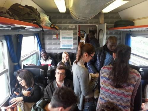 Cavi di rame rubati nella stazione di Voghera: ritardi per 12 regionali e 14 treni cancellati