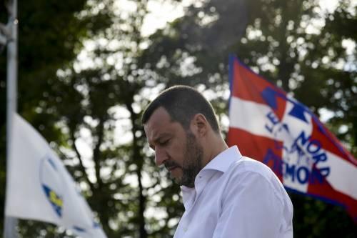 """L'accusa choc contro Salvini: """"Mandante di omicidi razzisti"""""""