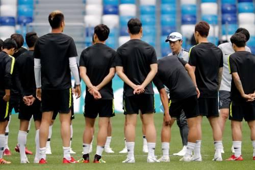 La Corea del Sud scambia i numeri di maglia per confondere gli avversari