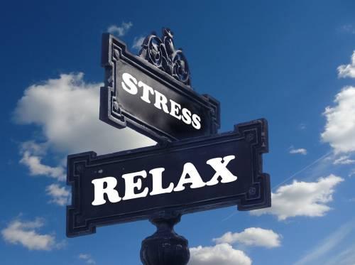 Stress da lavoro? Mette a rischio anche la vista