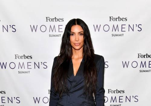 Kim Kardashian, gli scatti sexy 16