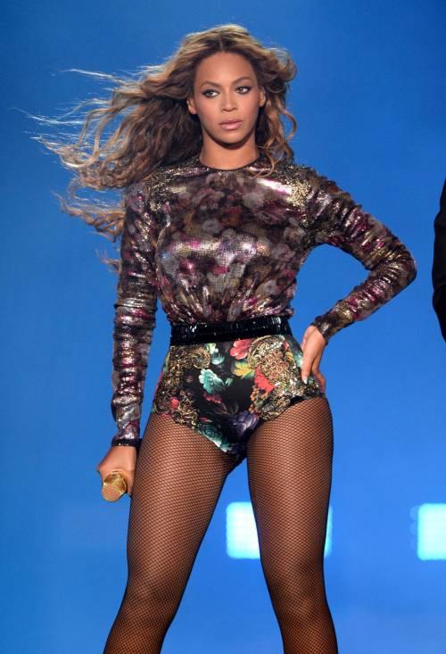 Beyoncé, le foto della sexy artista 8