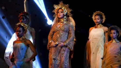 Beyoncé, le foto della sexy artista 2