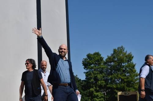 """Saviano: """"Salvini non sa nemmeno l'abc, M5S stampella di governo xenofobo"""""""