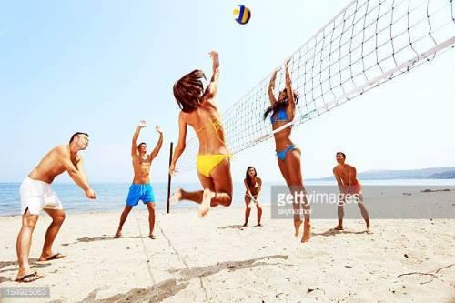 Sport da spiaggia: come rimanere in forma durante le vacanze