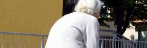 Manfredonia, anziana scippata da un 14enne