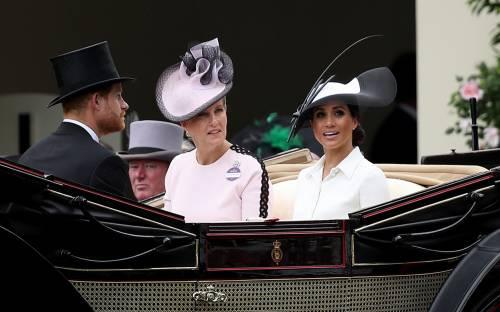 Meghan Markle, felice con il Principe Harry 9