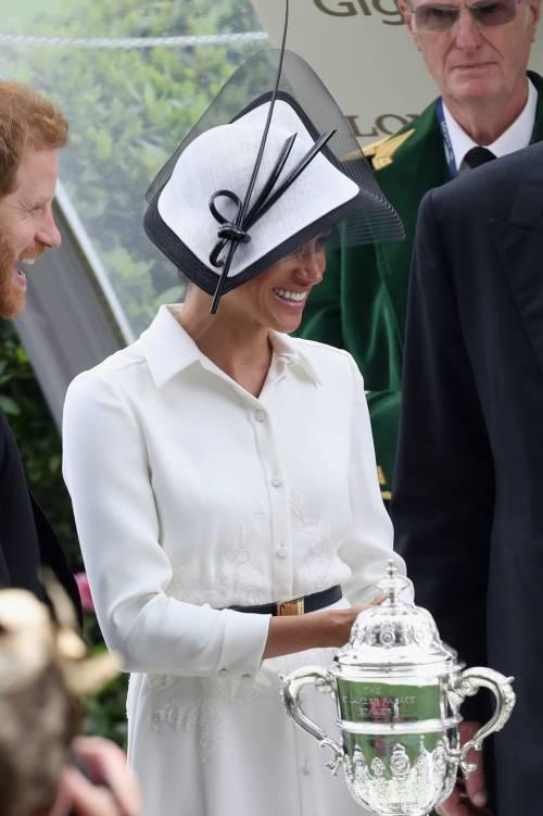 Meghan Markle, felice con il Principe Harry 7