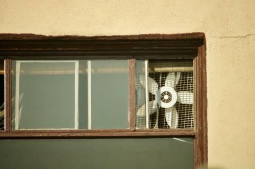 Combattere il caldo senza condizionatore: le idee