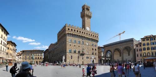Siena molla Mps e democratici. Forza Italia ora sogna Firenze