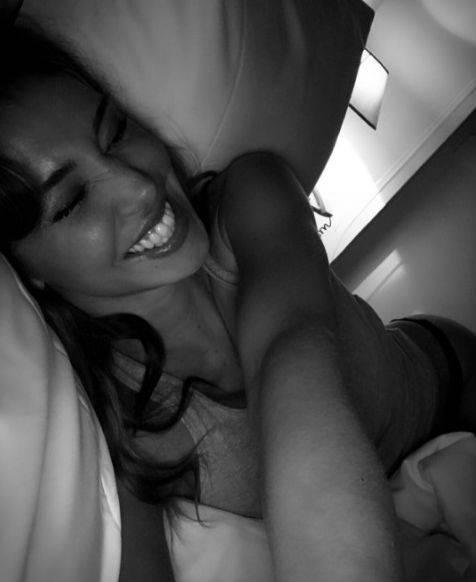 Belen Rodriguez nuda su Instagram 11