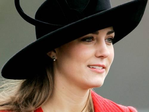 Kate Middleton, le foto della futura principessa 9