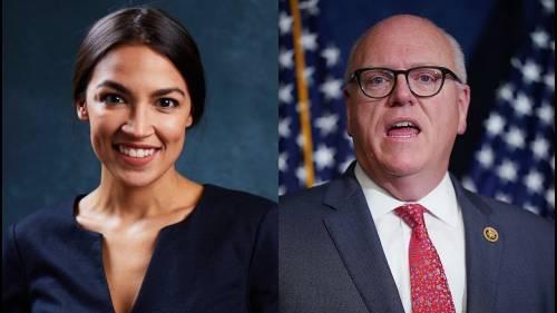 Primarie democratiche, giovane attivista umilia un big del partito. Trump esulta