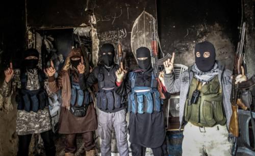 """La Germania lancia l'allarme: """"Ci sono oltre 10mila islamisti"""""""