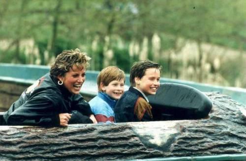 Lady Diana Spencer, le immagini di un'icona 11