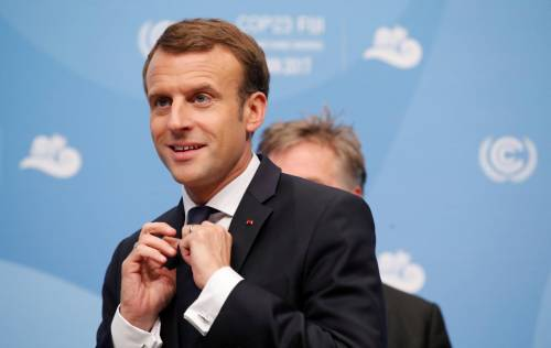 L'ambasciatore francese loda Orban, Macron lo sostituisce