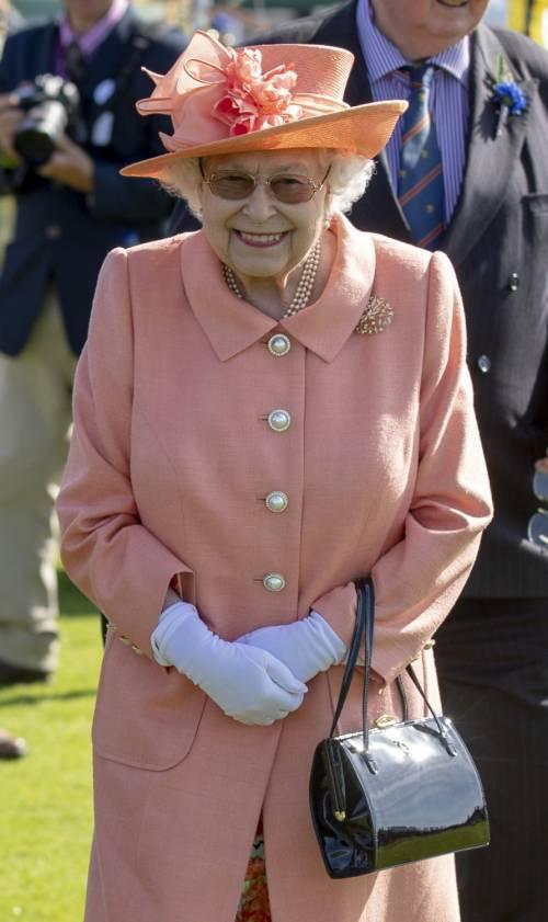 Gli inglesi ripassano il funerale della Regina: ecco cosa accadrà