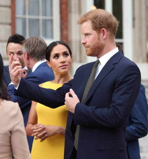 10b1a6839b62 Meghan Markle e il Principe Harry appaiono più distaccati durante gli  ultimi impegni pubblici  non si stanno allontanando né la ragione è da  ricercarsi ...