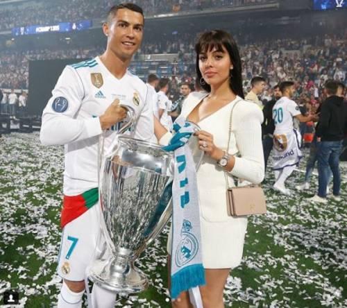 Georgina Rodriguez, la sexy fidanzata di Cristiano Ronaldo 3