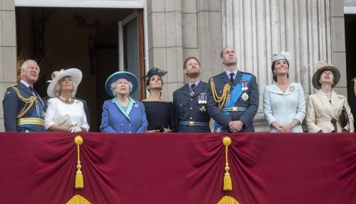 Meghan Markle e Kate Middleton al centenario del Raf 5