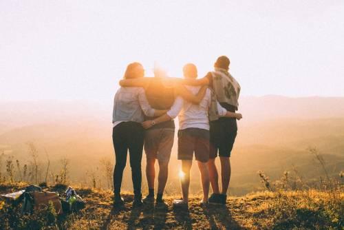Regole di convivenza per una vacanza tra amici