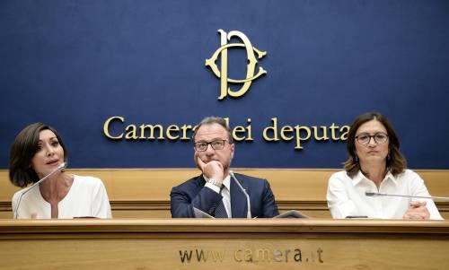 """Forza Italia: """"Colpiti anche i minori"""""""
