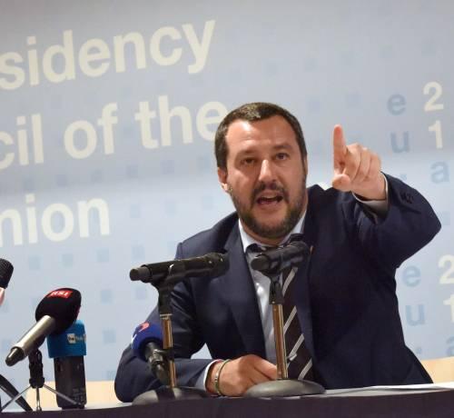 """Diciotti, l'affondo delle toghe: """"Salvini non può dare ordini"""""""