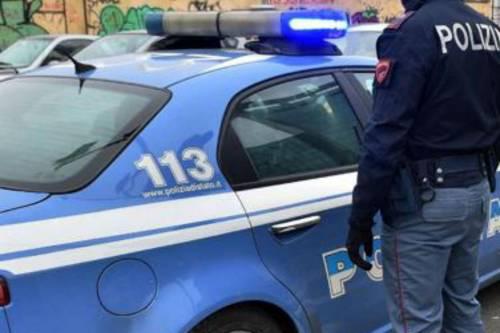 Violentava la moglie davanti alla figlia, arrestato egiziano a Sesto San Giovanni