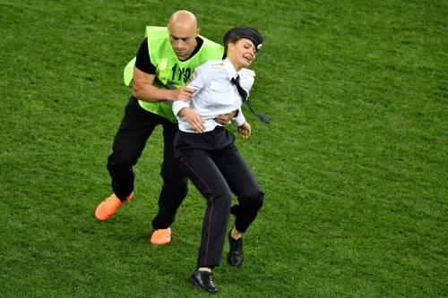 Invasione di campo durante la finale dei Mondiali 9