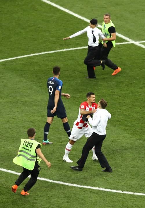 Invasione di campo durante la finale dei Mondiali 11