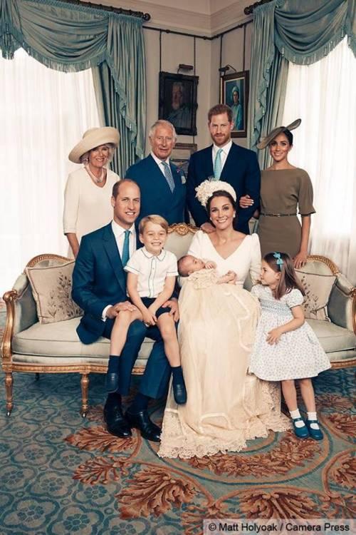 Le foto ufficiali del battesimo del principe Louis 4