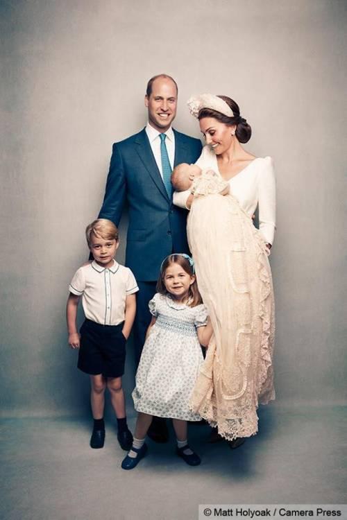 Le foto ufficiali del battesimo del principe Louis 5