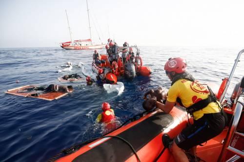 """L'Europa adesso blocca le Ong. Arriva la """"trappola"""" per le navi"""
