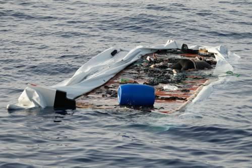 """""""Due morti in mare colpa di Salvini"""" Ma i testimoni smentiscono la Ong"""