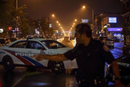 Canada, spari in strada a Toronto 6