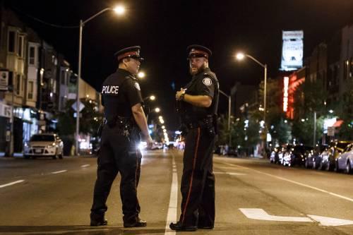 Canada, spari in strada a Toronto 7